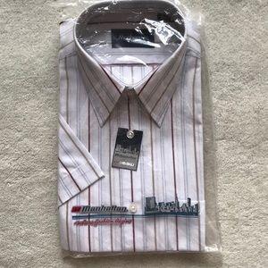 NWT: Manhattan short sleeves shirt